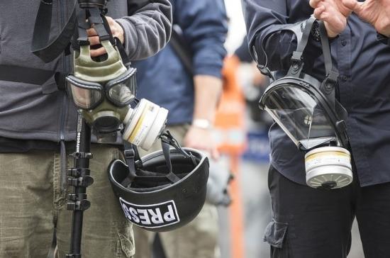 В Карабахе ранены российские журналисты