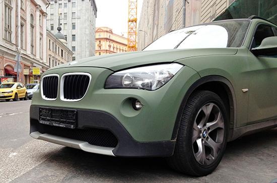 В России до марта обновят перечень облагаемых налогом на роскошь автомобилей