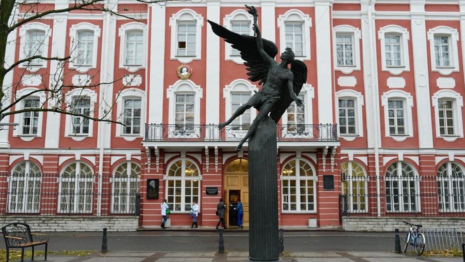 В СПбГУ опровергли перевод студентов на удалёнку