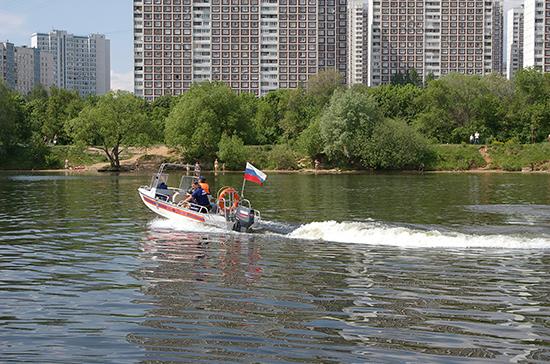 Волгоградские депутаты предлагают усилить ответственность водителей лодок и катеров
