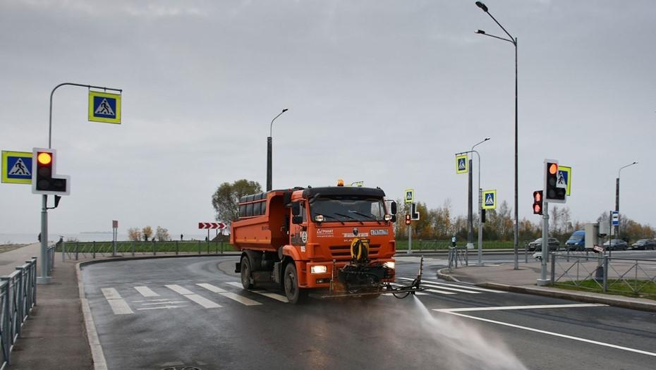 Более 3 тыс. тонн мусора вывезли за неделю с улиц Петербурга
