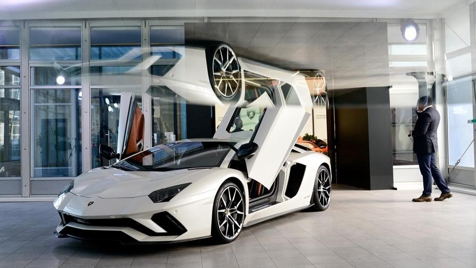 Каждый десятый суперкар Lamborghini в России купили петербуржцы
