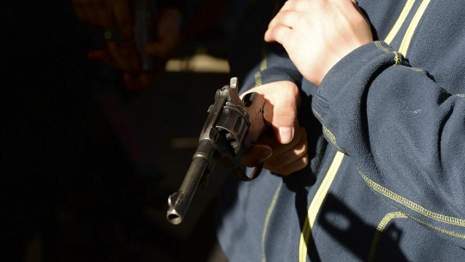 Молодой петербуржец ограбил МФО с помощью игрушечного пистолета