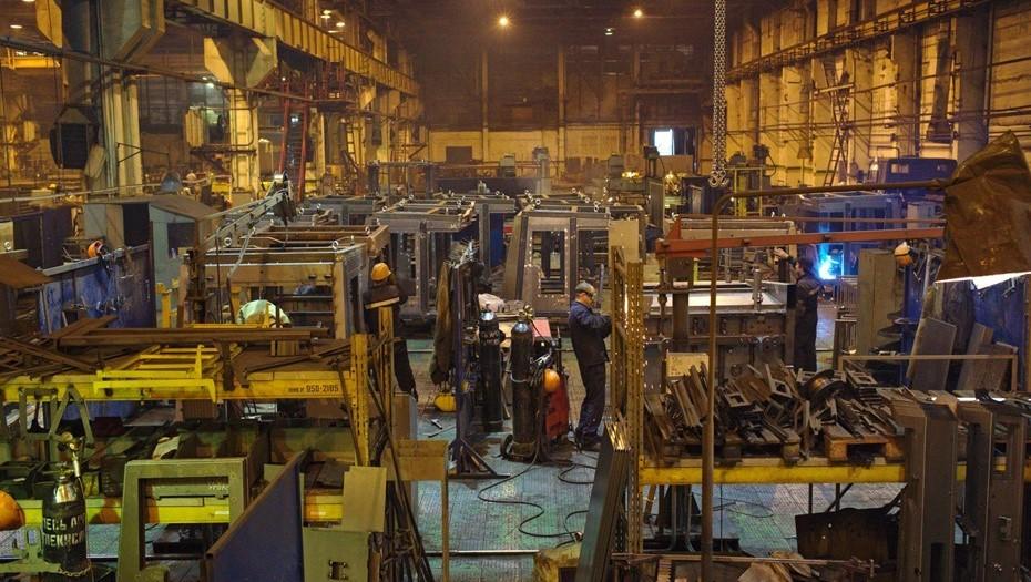 На Кировском заводе работника придавило трехтонным прессом