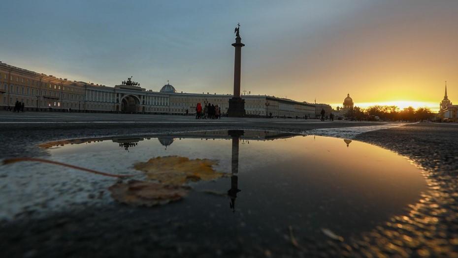 На периферии антициклона: Петербургу предсказали малооблачную погоду
