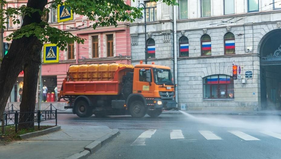 Петербуржцам предложили оценить осеннюю уборку своего района