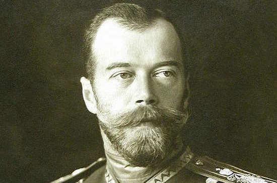Почему Николай II отложил коронацию на 1,5 года