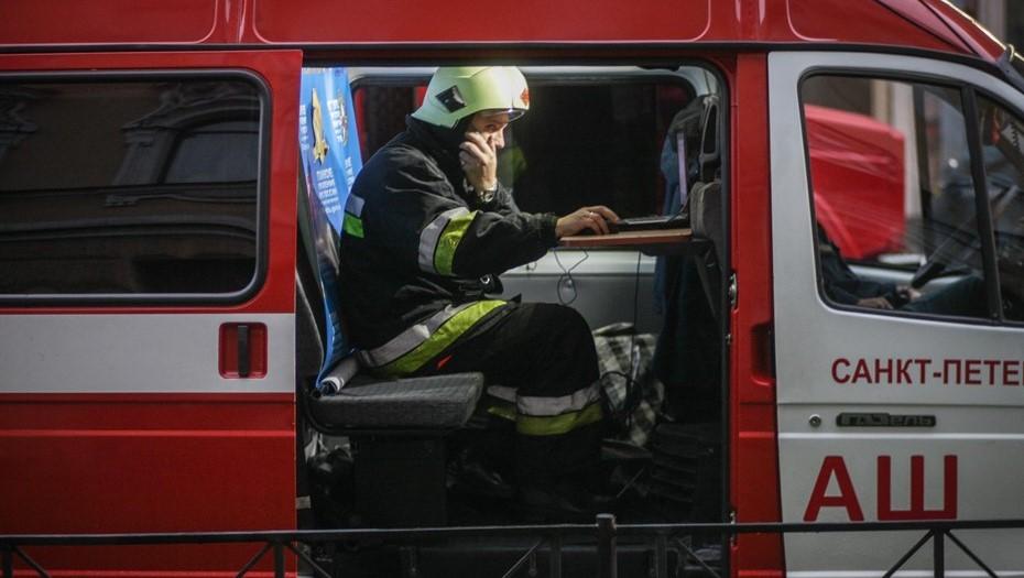 Пожарные потушили возгорание в Курортном районе
