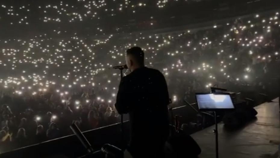 """""""Спасибо за понимание"""": Баста в пандемию собрал тысячи фанатов в Ледовом"""