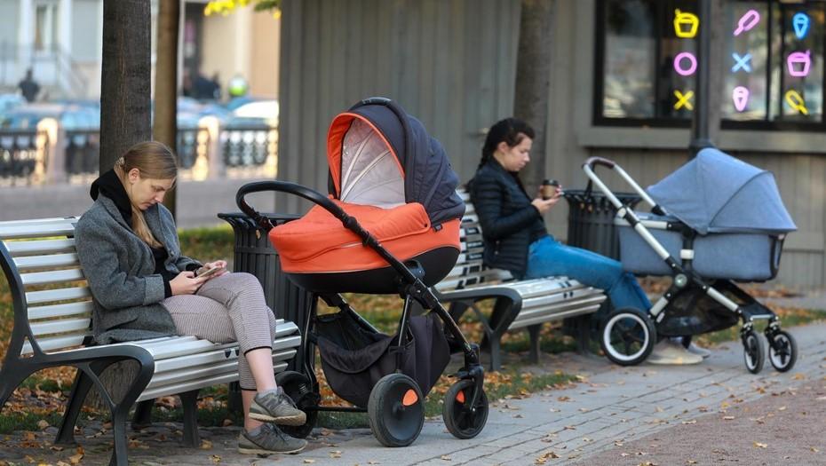 Соцвыплаты в год пандемии в Петербурге увеличили на 9,5%