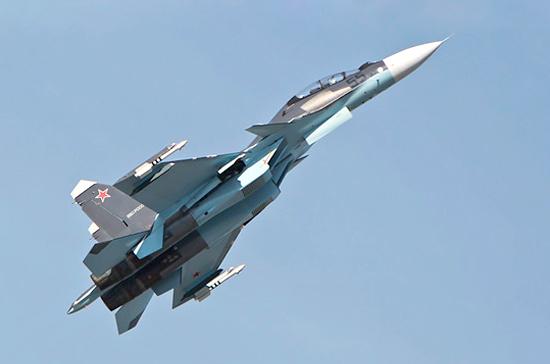 Су-27 поднялся на перехват самолета-разведчика США над Черным морем