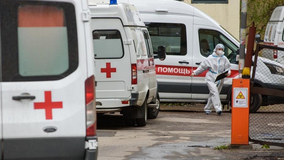 В Петербурге почти 3 тыс. врачей получили выплаты за работу во время пандемии