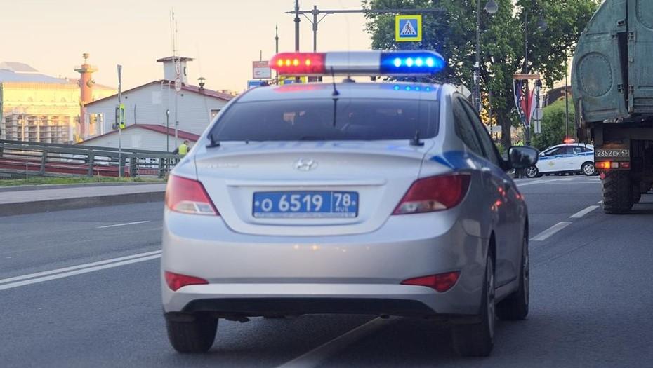 В Петербурге подросток пытался убить членов семьи