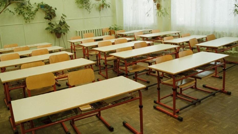 В Петербурге резко выросло число классов на карантине