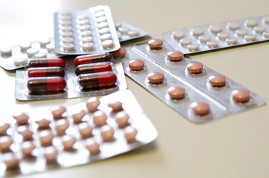Минздрав и Минфин проработает вопрос о выделении средств на лекарства от COVID-19