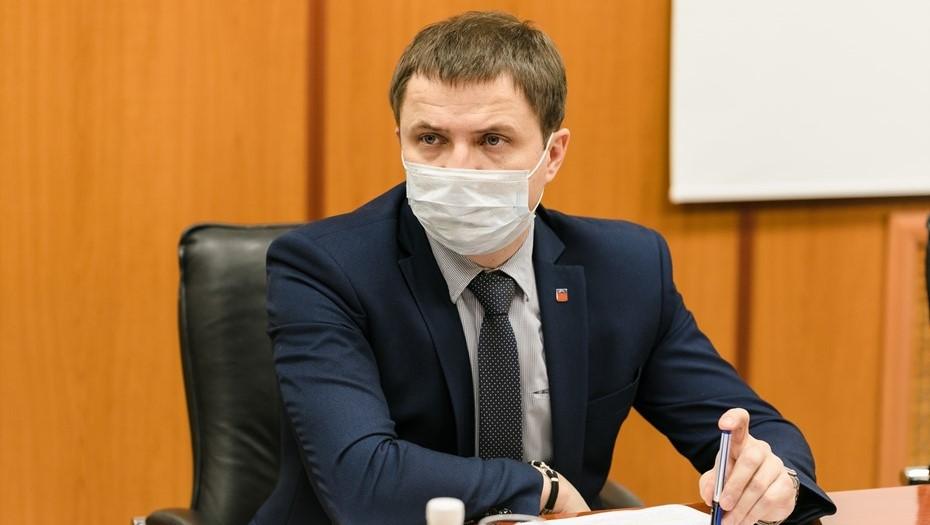 Мурманские власти назвали зарплату пожаловавшейся Путину уборщицы ЦРБ