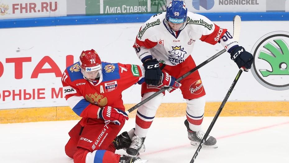 Нападающий СКА получил травму в победном матче с Чехией