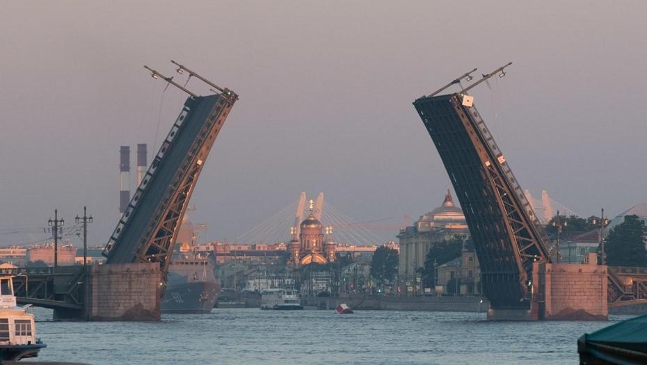 Петербургские мосты вновь разведут по графику