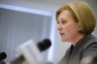 Попова оценила ситуацию с коронавирусом в России как неоднозначную