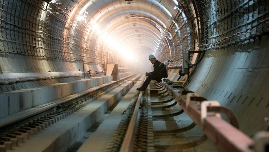 """""""Метрострой"""" начал проходку тоннеля на последнем участке у """"Театральной"""""""