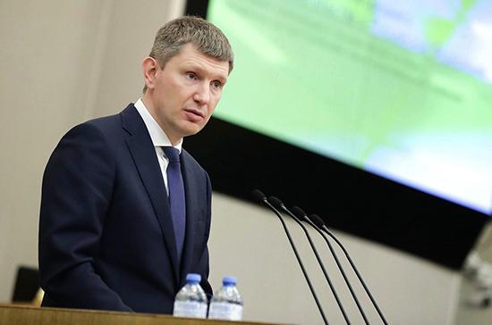 Российская экономика постепенно восстанавливается, сообщил Решетников