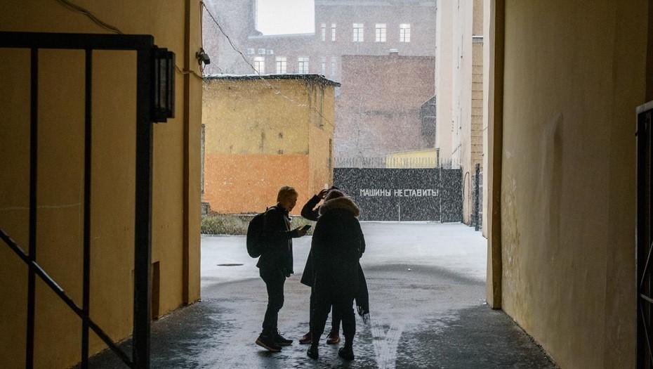 В Ленобласти на время праздников ввели комендантский час для подростков