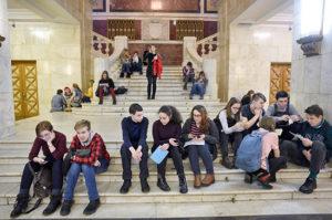 Минобрнауки: студенты в ближайшее время смогут вернуться к очному формату обучения