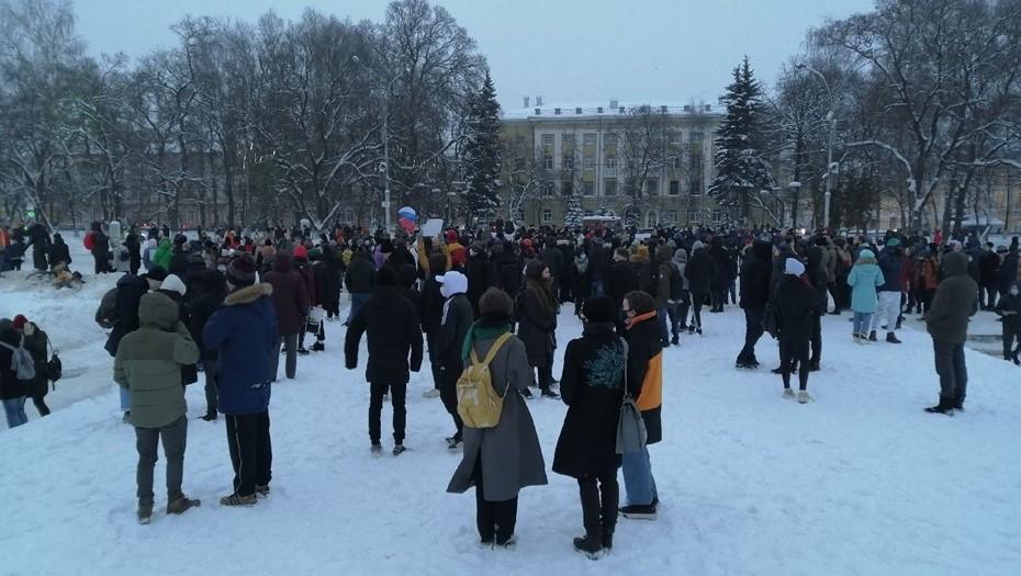 Организатор митинга в Вологде получил травму при задержании