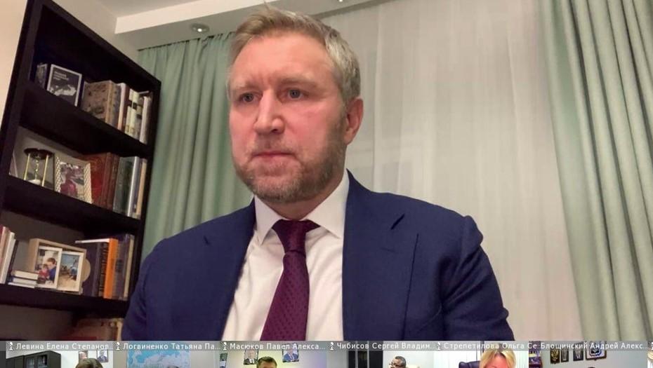 """""""Надо выходить из подвала"""": губернатор НАО смягчил ограничения"""