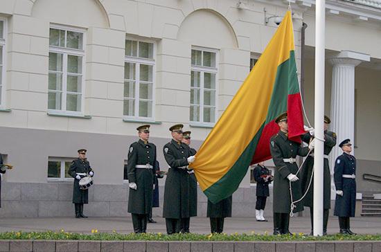 В Литве построят три новых военных городка на три батальона