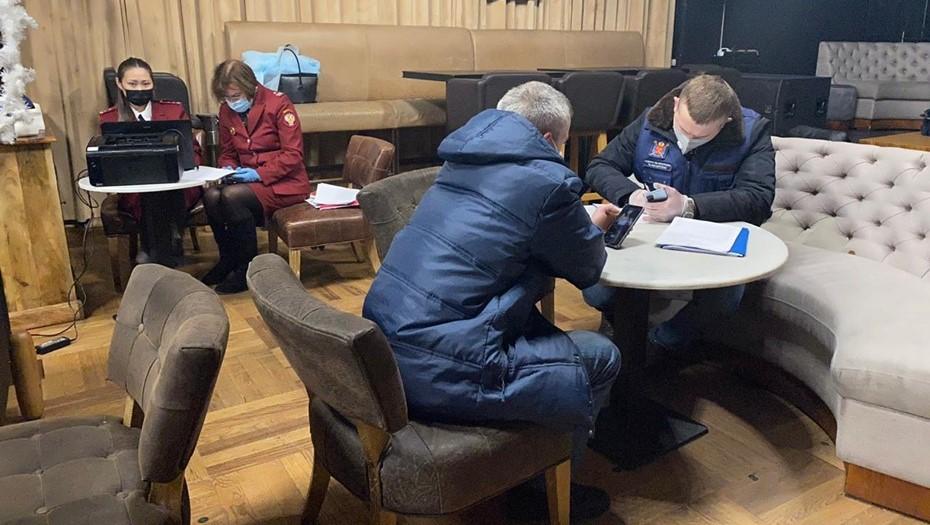 В Петербурге после рейдов закрыли пять баров и оштрафовали 200 посетителей