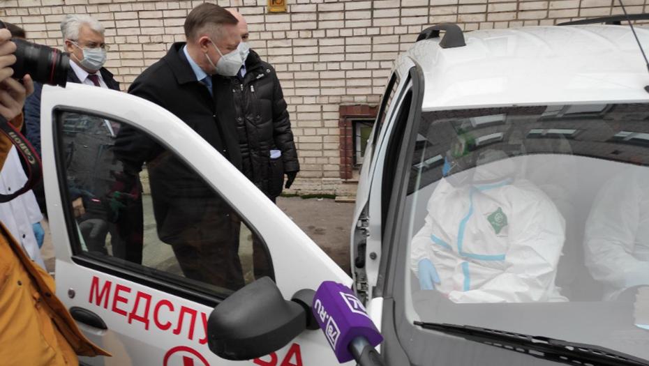 В Петербурге за месяц привили от коронавируса более 7 тысяч человек