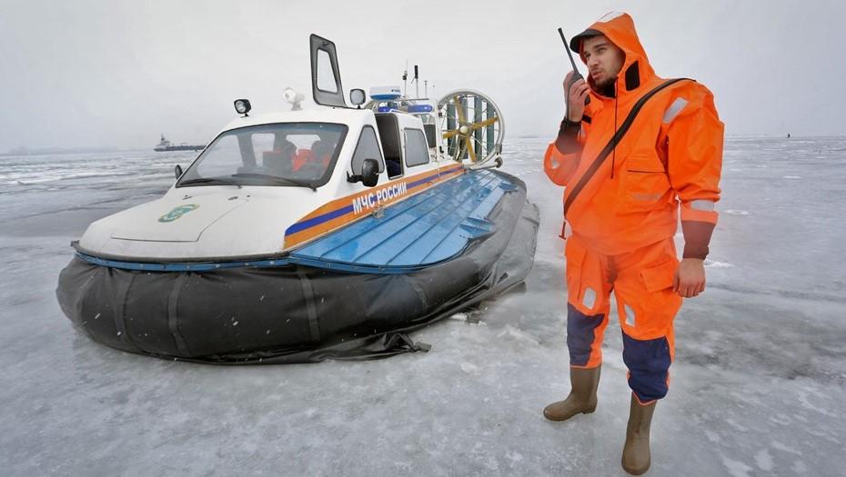 В Петербурге запрет выхода на лёд продлён до 15 апреля
