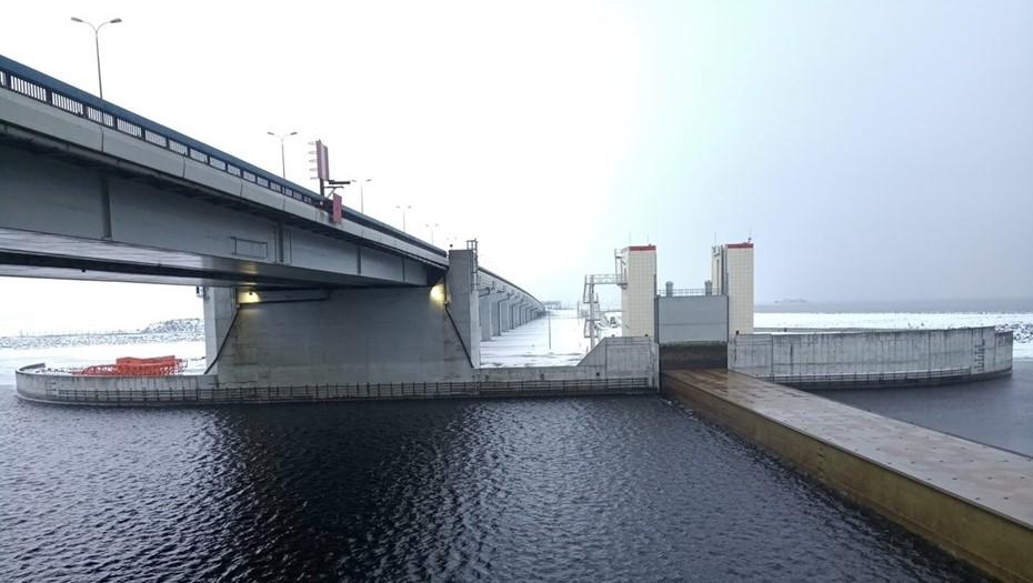 Затвор петербургской дамбы закроют для техобслуживания