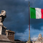 Бывший премьер Италии Джузеппе Конте вернулся в Болонский университет