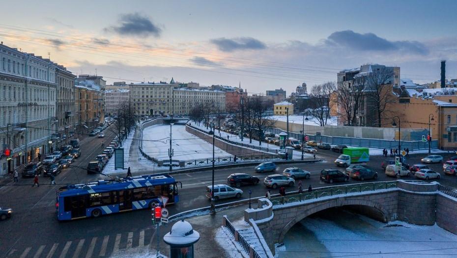 Петербургу предсказали небольшой снег и минус 18 градусов