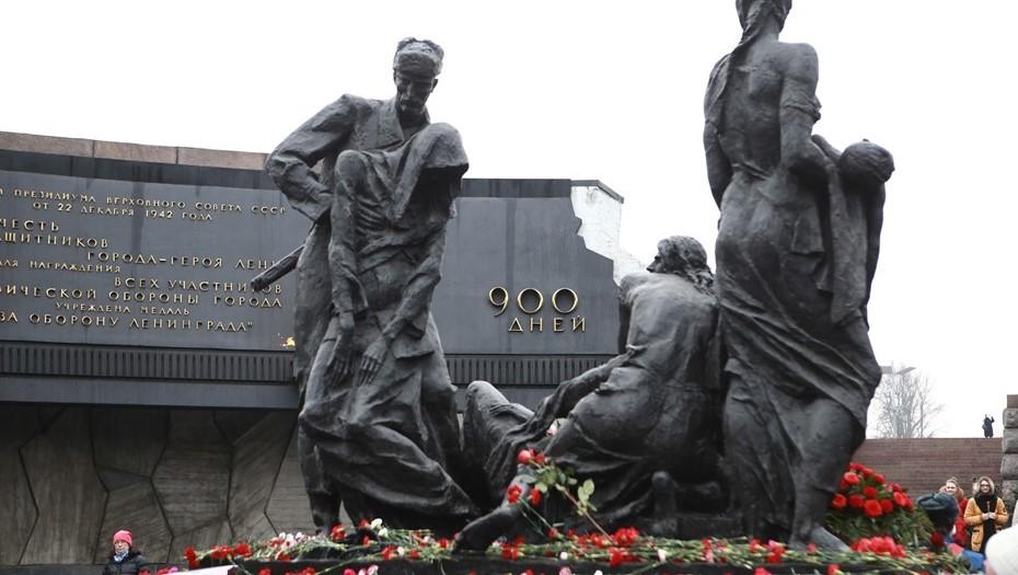 Петербуржцам предложили поделиться историями о защитниках Ленинграда