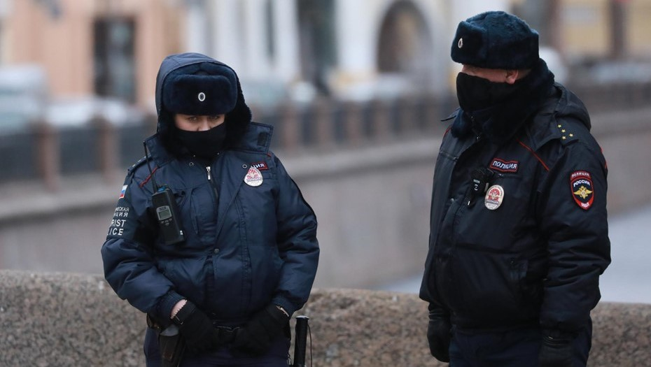 Пропавшего 8-летнего мальчика в Петербурге нашли гуляющим возле метро
