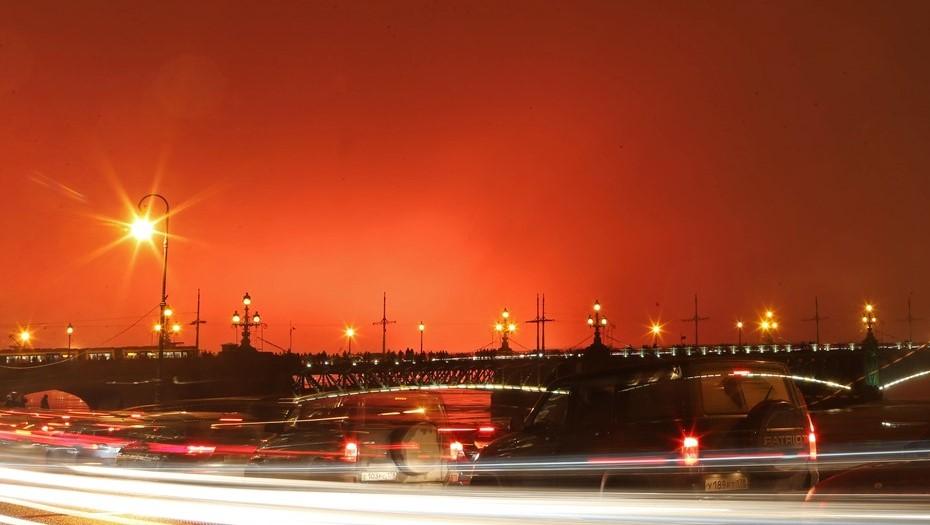 """Пыль Сахары, которой пугали Петербург, вызовет """"кровавые дожди"""" в Европе"""
