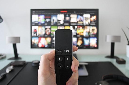 Сокращение лицензионных требований к телеканалам продлили до конца года