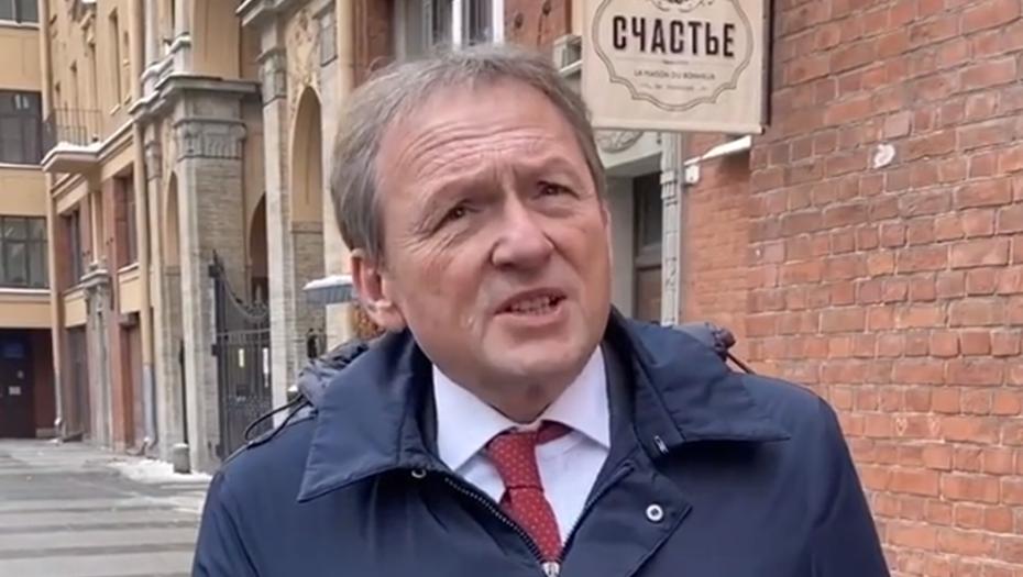 Титов предложил решение конфликта баров и жителей на Рубинштейна