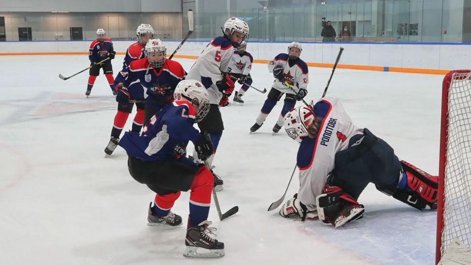В Петербурге открыли академию хоккея имени Харламова