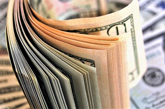 В России могут разрешить валютные операции при страховании по внешнеторговым договорам