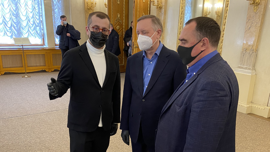Беглов и Пиотровский оценили реставрацию дворца на Елагином острове