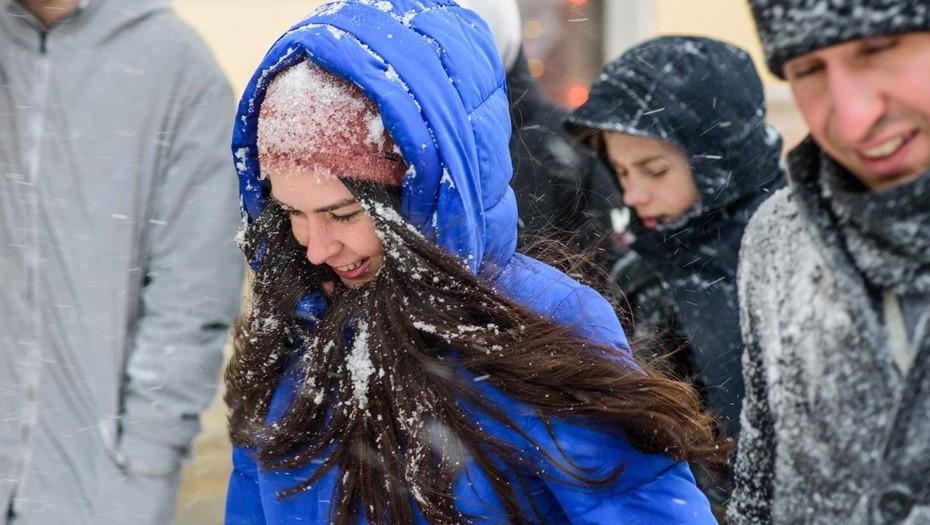 МЧС предупредило петербуржцев, что непогода задержится