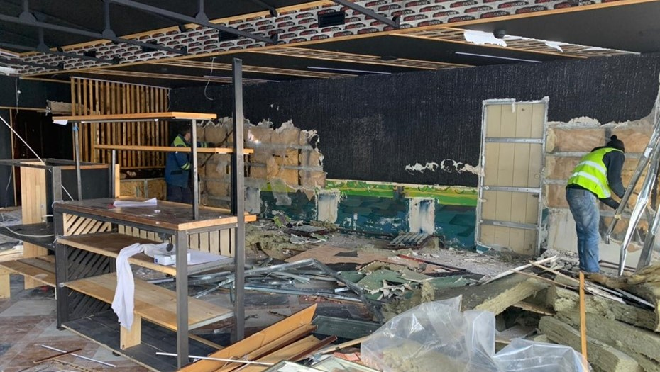 На севере Петербурга снесли торговые павильоны, работавшие незаконно