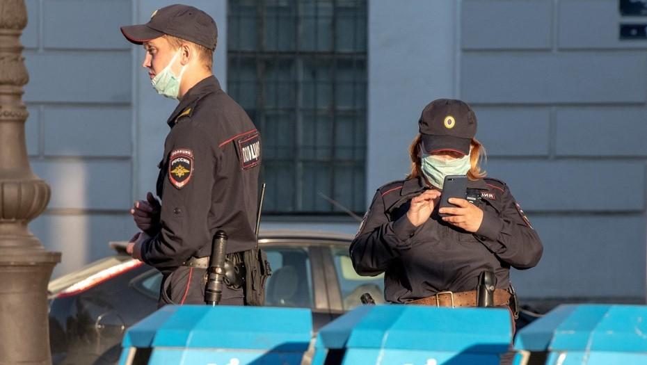 Неизвестный с пистолетом напал на офис микрозаймов в Колпино