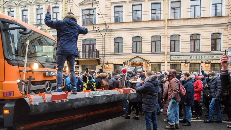 Отец семерых детей получил условный срок за агрессию на Невском 23 января