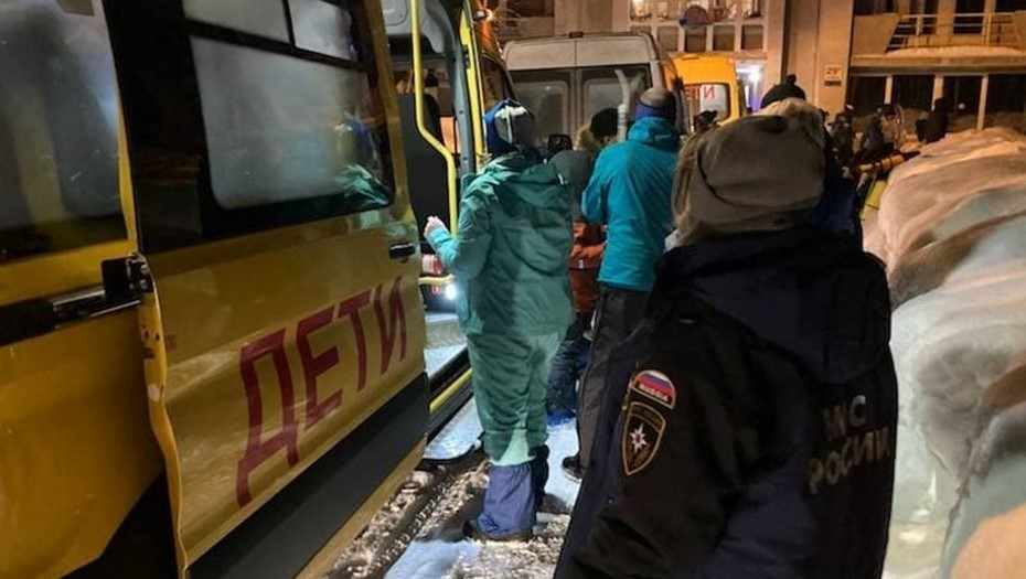 Попавшие под лавину в Хибинах школьники вернулись в Петербург
