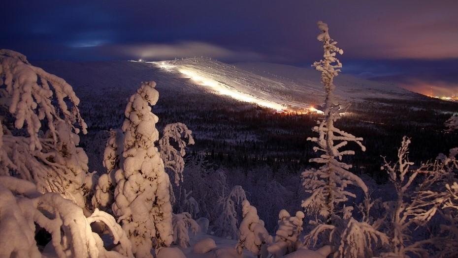 Попавших под лавину в Хибинах петербуржцев доставят в Мончегорск